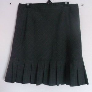 Dresses & Skirts - San Francisco Pleated Black Skirt Size 12